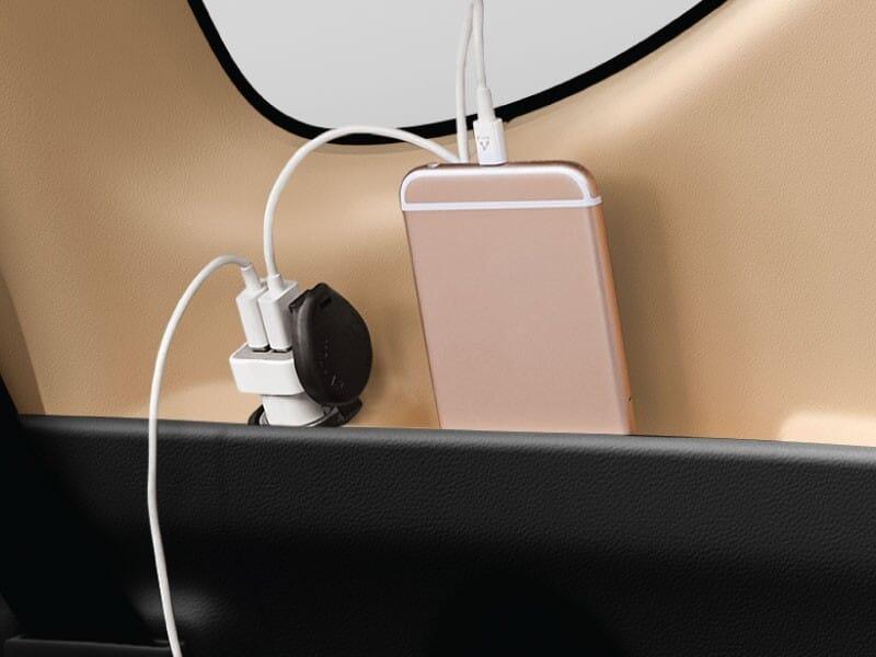 Power Outlet Belakang